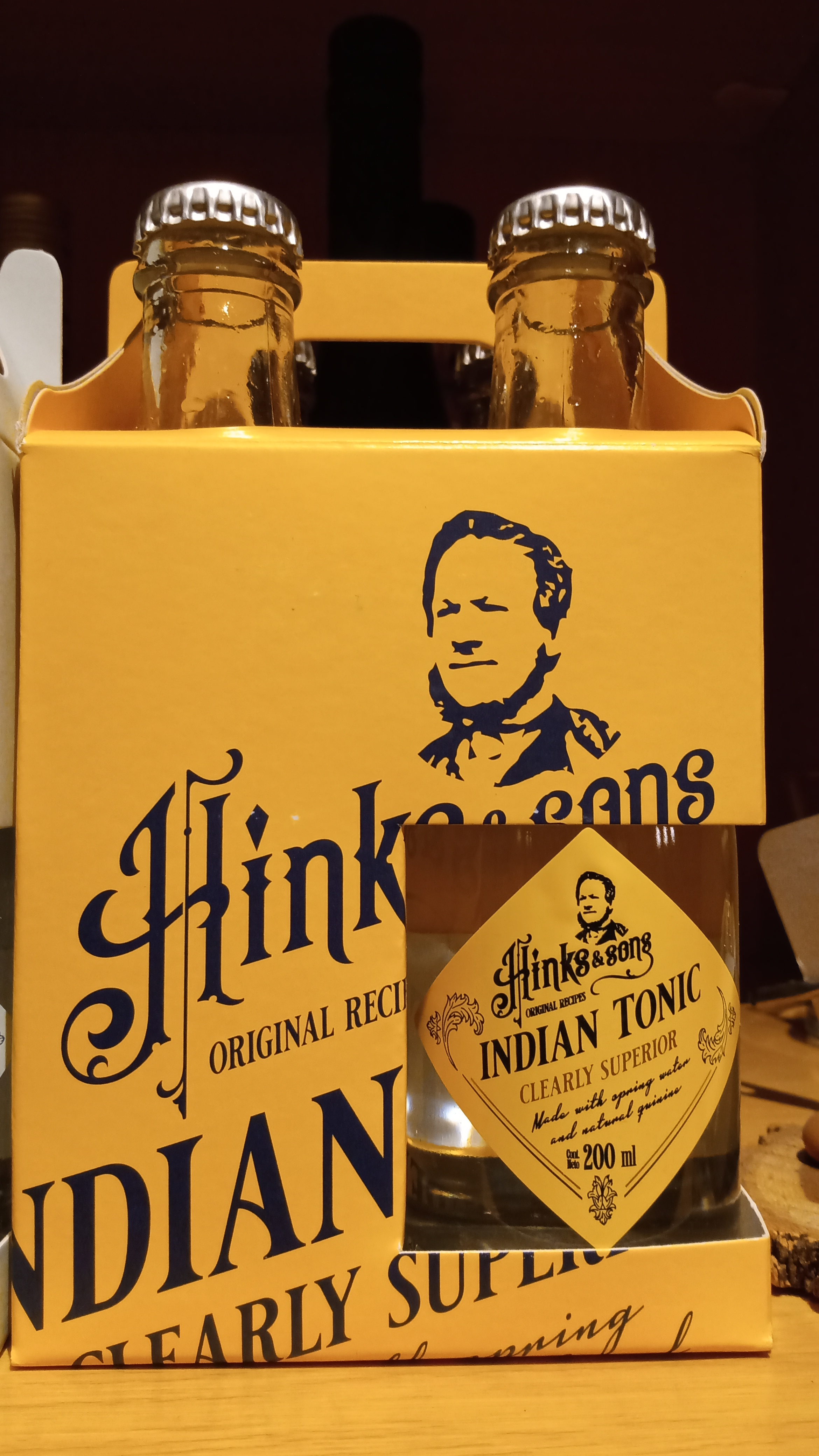 Indiana tónica Hink & Sons